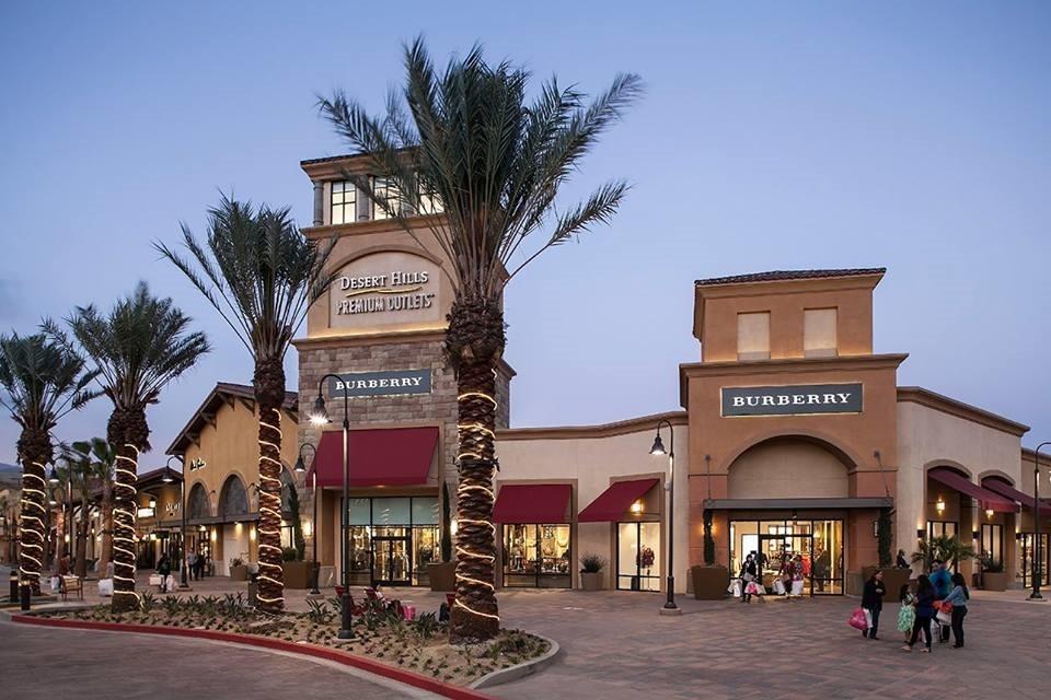 Desert Hills Premium Outlets 沙漠棕榈泉奥特莱斯购买折扣护肤化妆品
